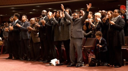 160111193008-02-natalie-cole-funeral-exlarge-169