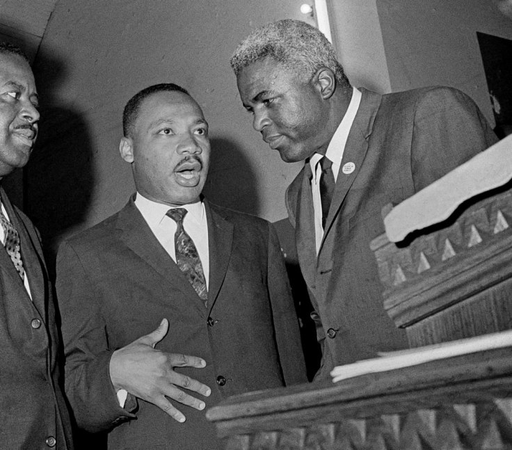 1963-Martin-Luther-King-Jackie-Robinson