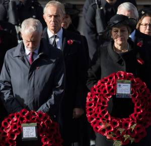 LONDON, ENGLAND - NOVEMBER 11: Jeremy Corbyn , Tony Blair and Theresa May attend the annual Remembrance Sunday memorial on November 11, 2018 in London, England. (Photo by Samir Hussein/Samir Hussein/WireImage)